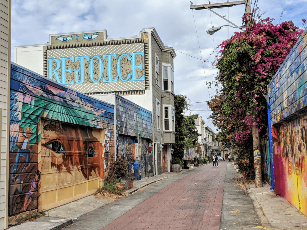 Fun things to do in San Francisco — Mission street art walk, Balmy Alley